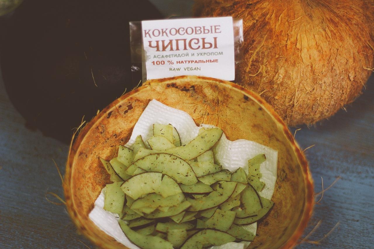 Чипсы кокосовые с асафетидой и укропом, 30г