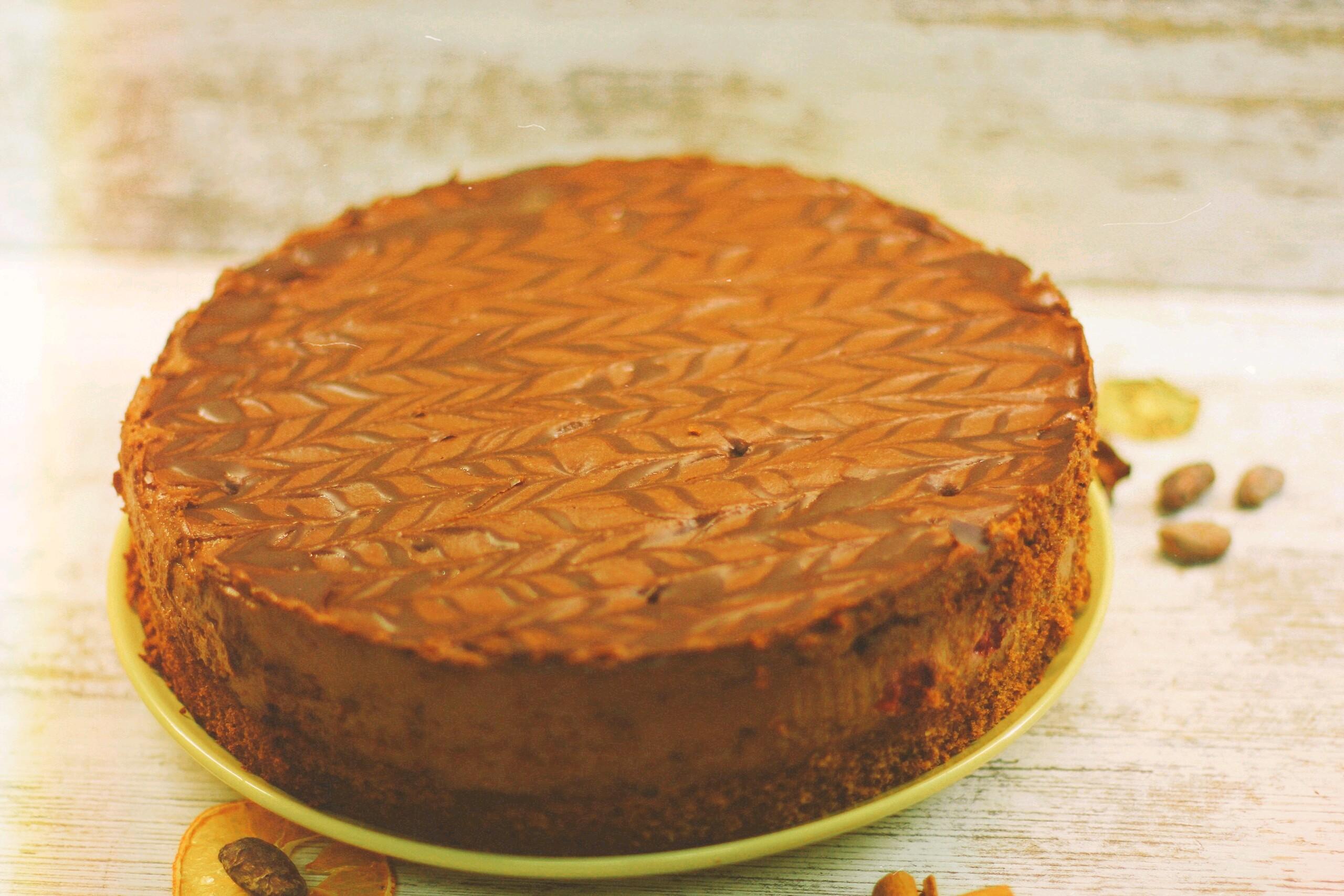 Вишну мусковадо целый торт