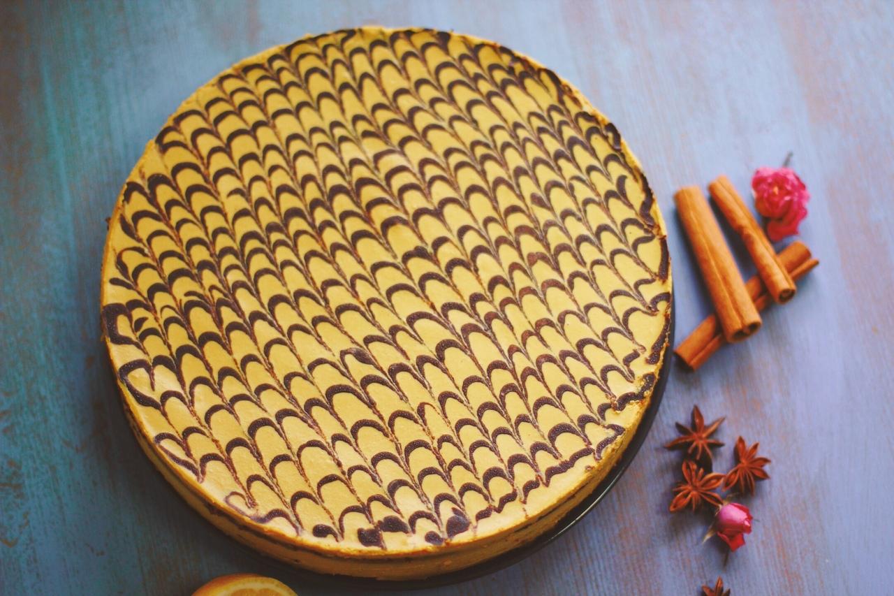 Лимонный бисквит Мусковадо целый торт